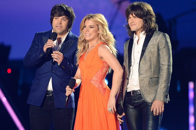 cmt-awards-2013-show-the-band-perry-650-430
