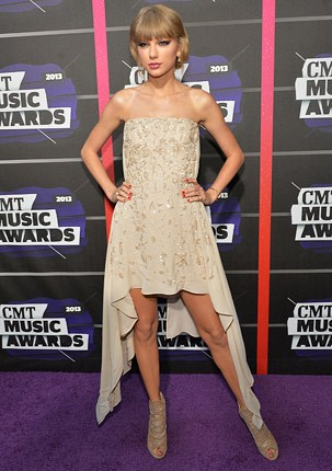 cmt-awards-2013-taylor-swift-430