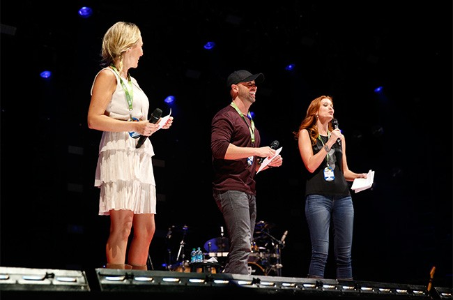 The CMT Hot 20 Countdown Hosts
