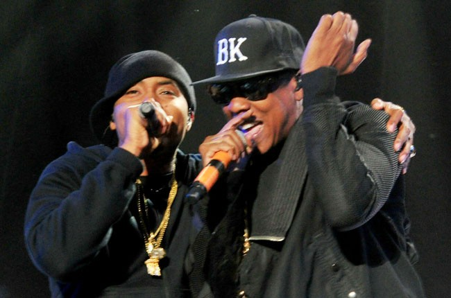 Jay Z performs with Nas at Coachella 2014