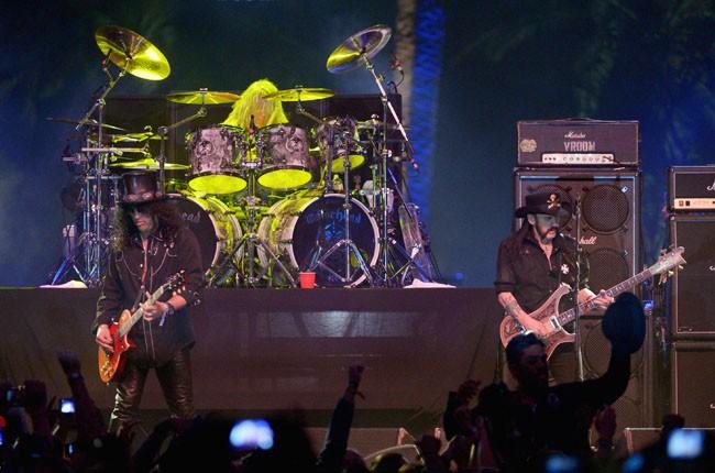 Slash with Motorhead at Coachella 2014