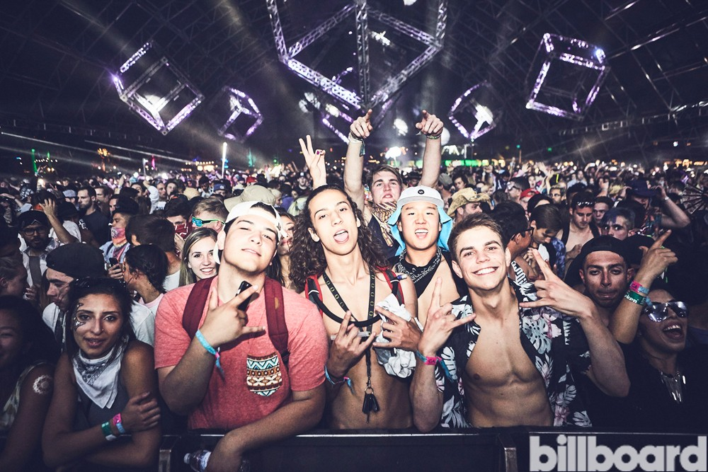 coachella-2016-snails