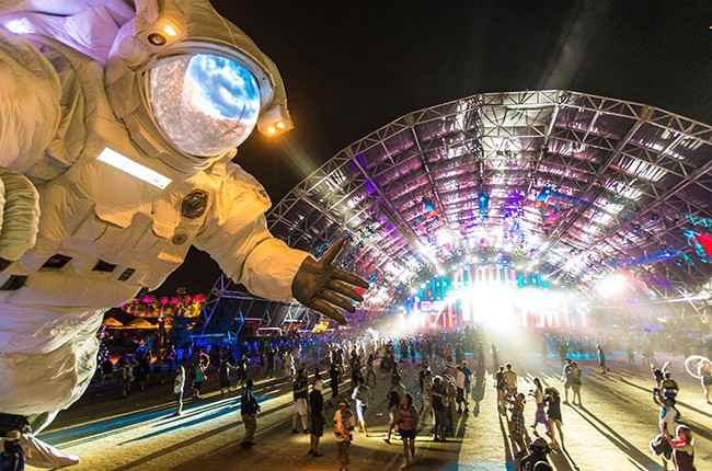 Coachella Astronaut 2016