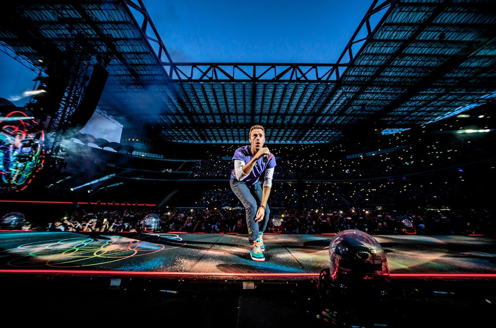 Chris Martin of British rock band Coldplay performs on stage at Stadio San Siro on July 3, 2017 in Milan, Italy.