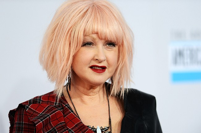 Cyndi Lauper attends the 40th American Music Awards  AMAs red carpet