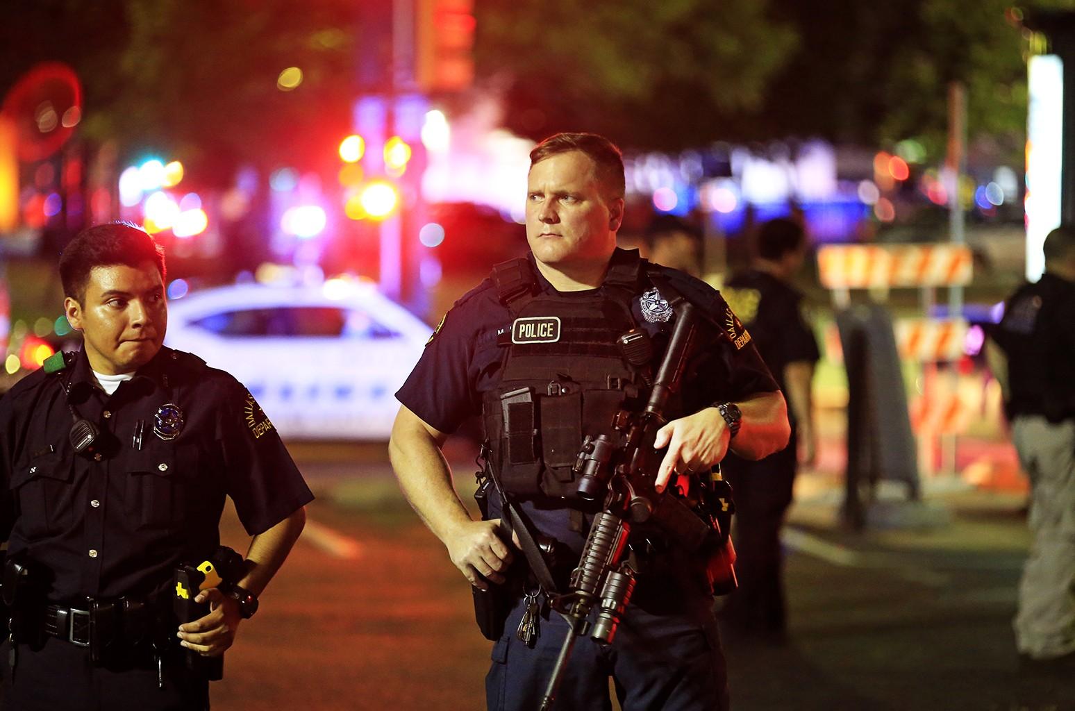 Dallas police in 2016