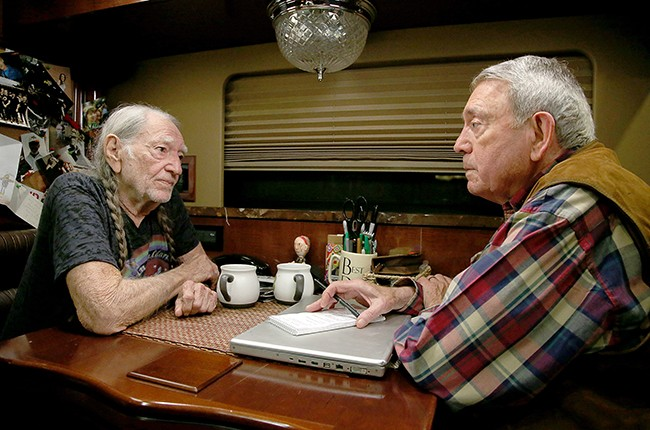Willie Nelson sits down with Dan Rather