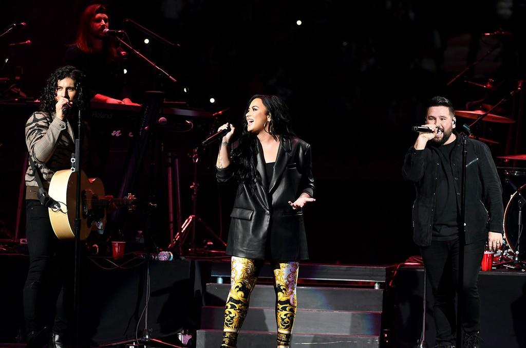 Demi Lovato Dan & Shay