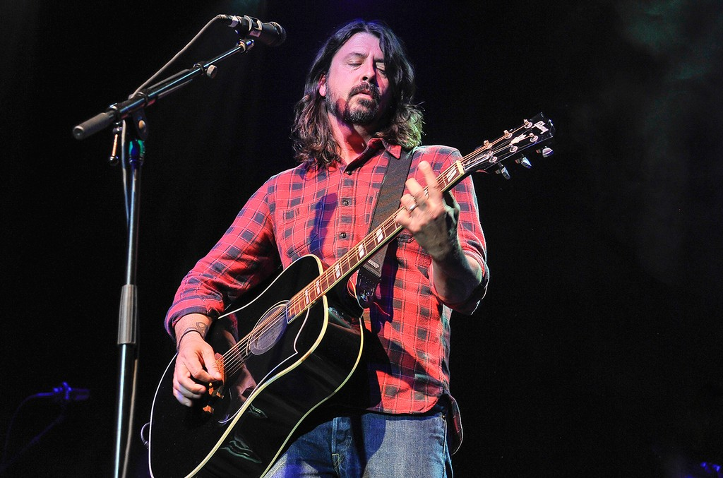 Dave Grohl of Foo Fighters performs at the 4th Annual Acoustic-4-A-Cure concert Benefiting the Pediatric Cancer Program at UCSF Benioff Children's Hospital at The Fillmore on May 15, 2017 in San Francisco.