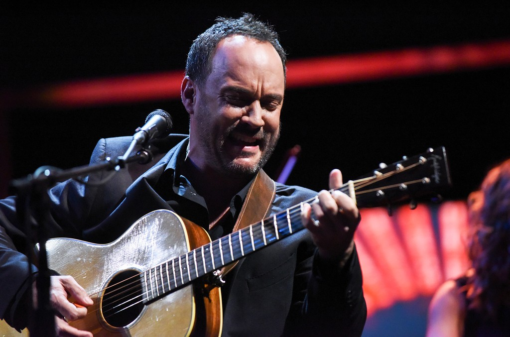 Dave Matthews performs on The Late Show with Stephen Colbert on May 19, 2017.