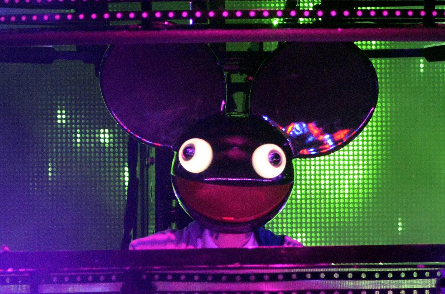 Deadmau5 performs in 2015