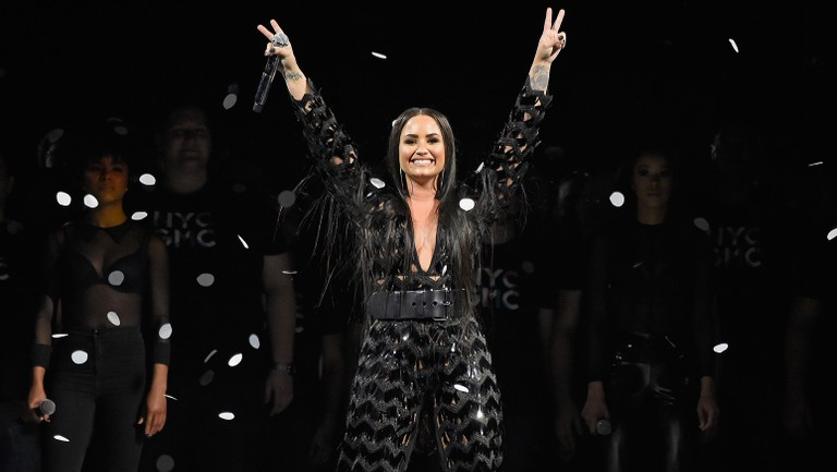 Demi Lovato S Tell Me You Love Me World Tour Earns 20 Million In Opening Run Billboard Billboard