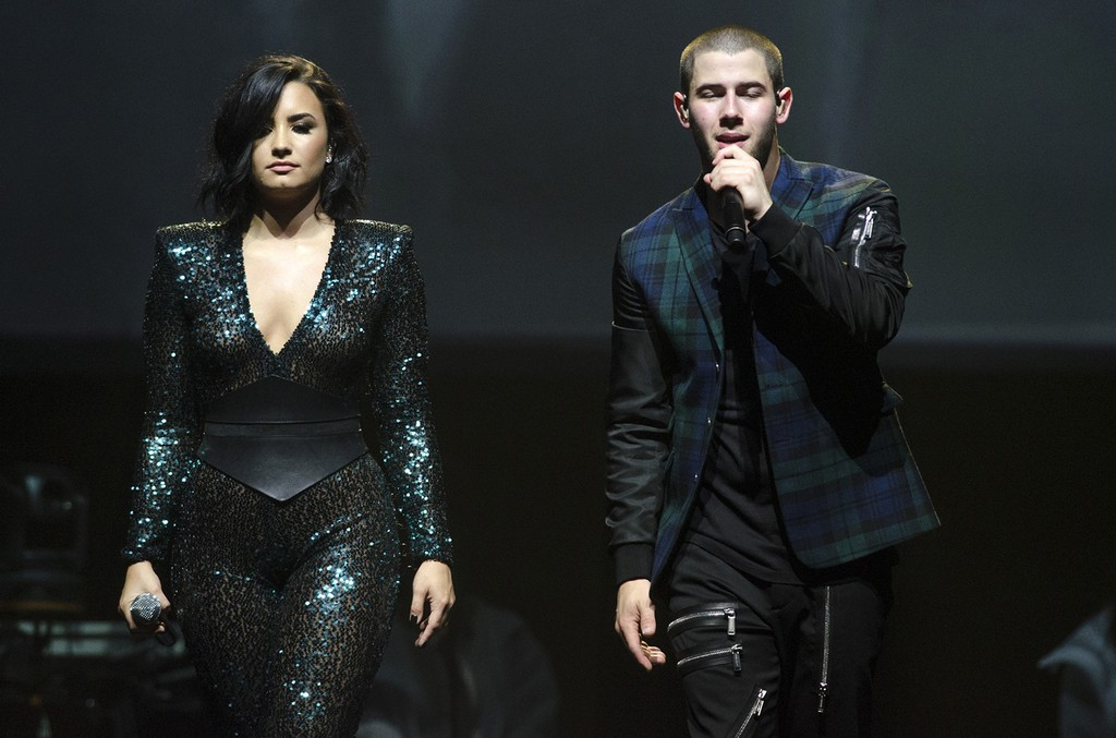 """Demi Lovato and Nick Jonas perform during the """"2016 Honda Civic Tour Featuring Demi Lovato & Nick Jonas: Future Now"""
