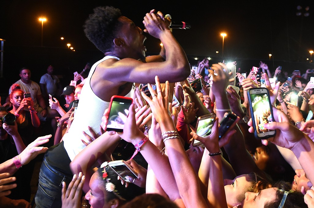 Desiigner performs onstage during the 2016 Billboard Hot 100 Festival