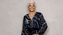 Dionne Warwick Talks Possible Collabs With Taylor Swift & Patti LaBelle During Billboard's Twitter Q&A | Billboard News
