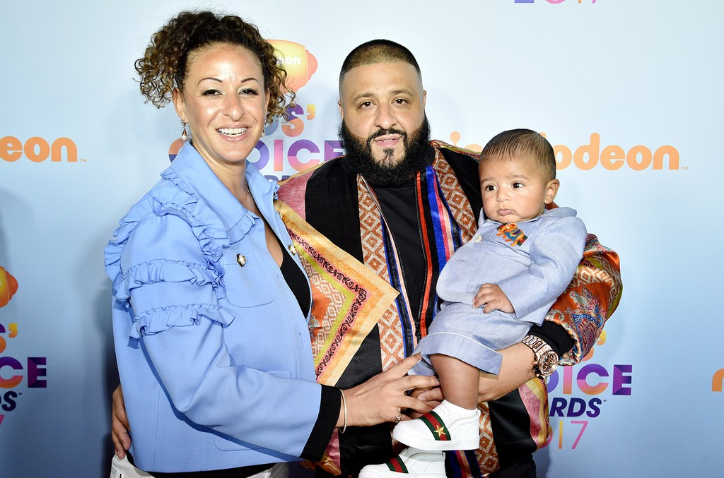 DJ Khaled (C) with Nicole Tuck and Asahd Tuck Khaled at Nickelodeon's 2017 Kids' Choice Awards at USC Galen Center on March 11, 2017 in Los Angeles.