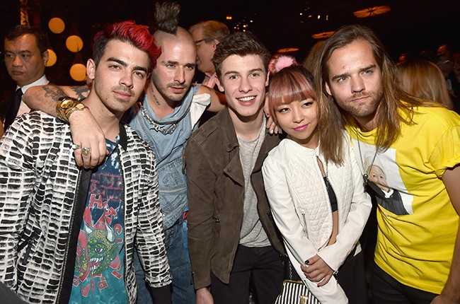 DNCE Shawn Mendes