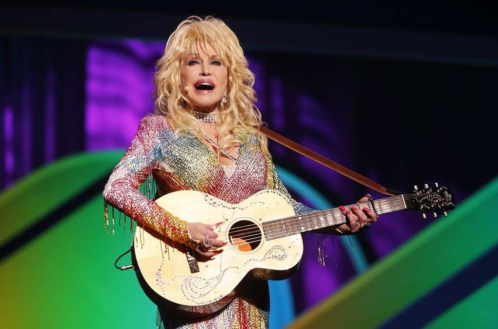 Dolly Parton performs in 2015.