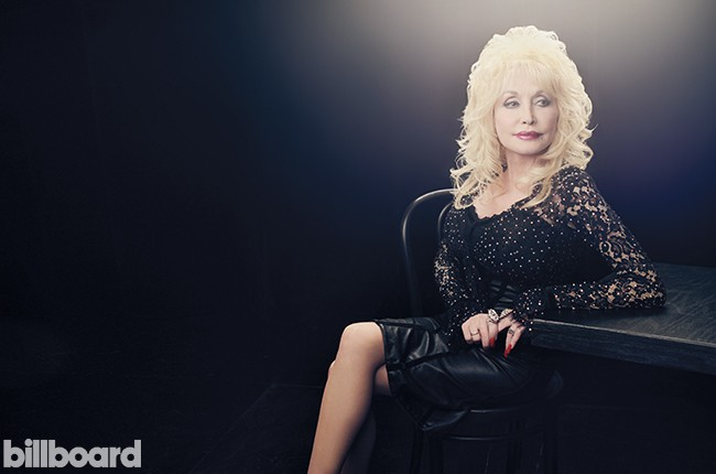 dolly-parton-year-in-review-billboard-650