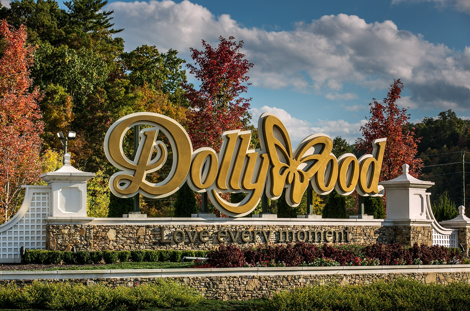 The entrance to Dollywood is viewed on October 18, 2016 in Pigeon Forge, Tenn.