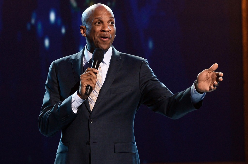 Donnie McClurkin performs at Orpheum Theatre on March 16, 2013 in Los Angeles.