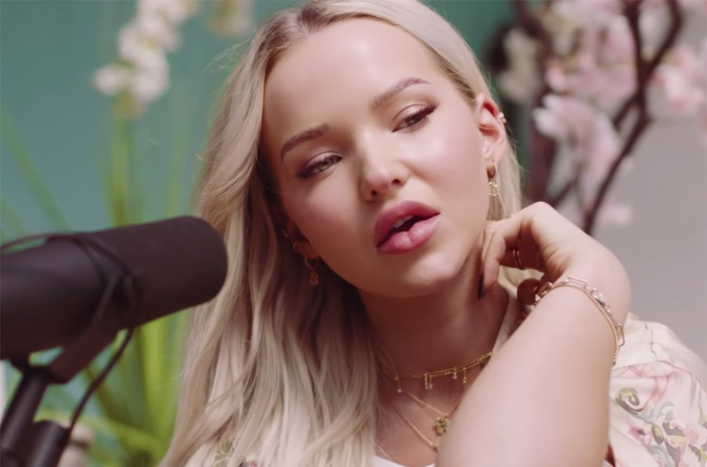 """Dove Cameron, """"Slow Burn (Kacey Musgraves Cover)"""""""