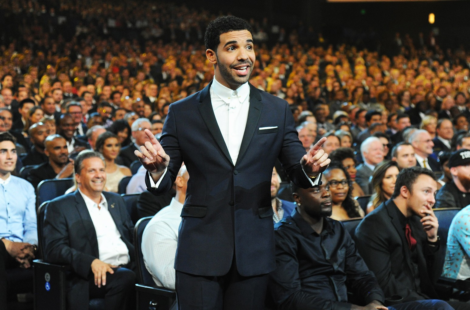 Drake hosts the 2014 ESPY Awards