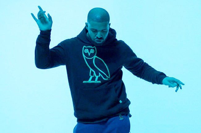 "Drake in the ""Hotline Bling"""