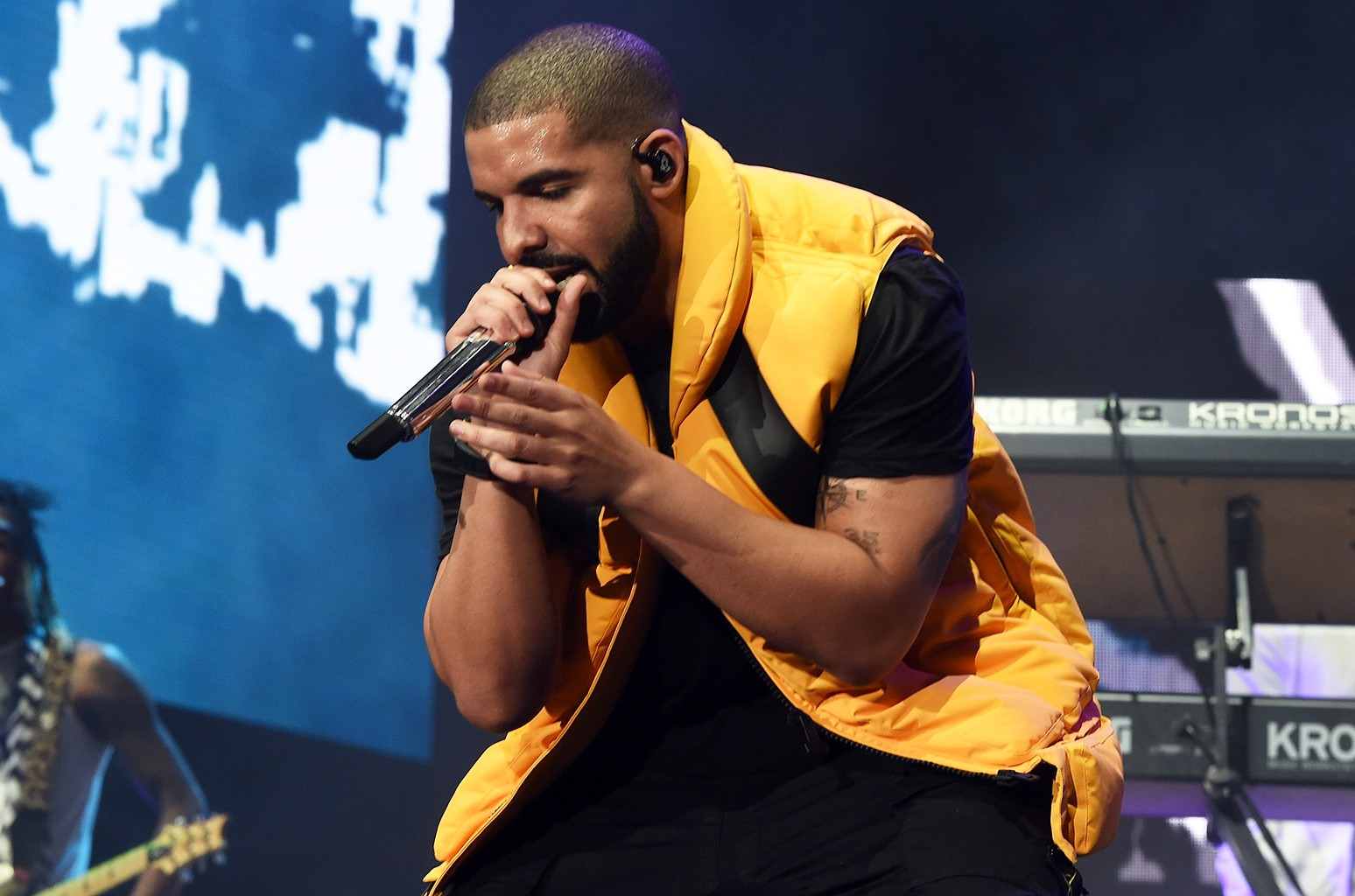 Drake performs during day 2 of the Coachella Valley Music And Arts Festival at the Empire Polo Club on April 15, 2017 in Indio, Calif.