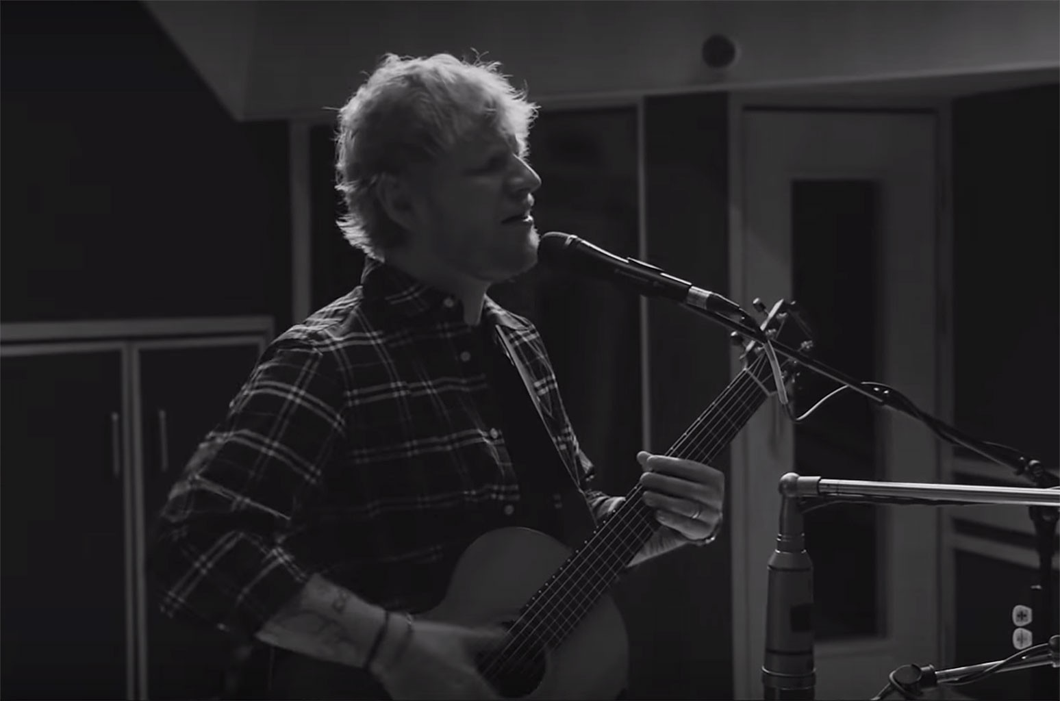 Ed Sheeran S I Don T Care Performance At Abbey Road Studios Watch Billboard Billboard