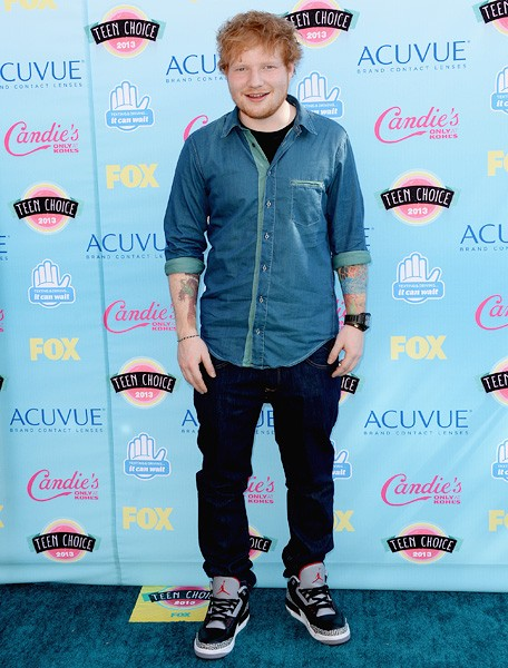 ed-sheeran-teen-choice-awards-2013-blue-carpet-600