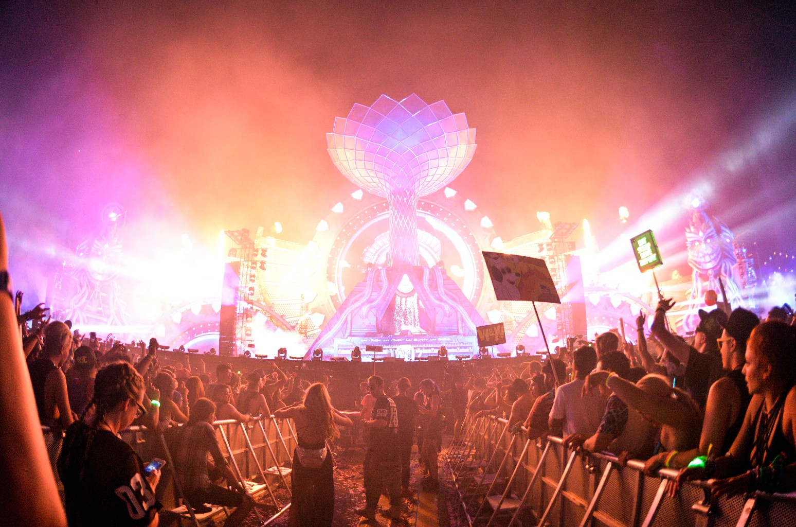 Atmosphere shot of the Kinetic Field stage during the 20th annual Electric Daisy Carnival at Las Vegas Motor Speedway on June 17, 2016 in Las Vegas.