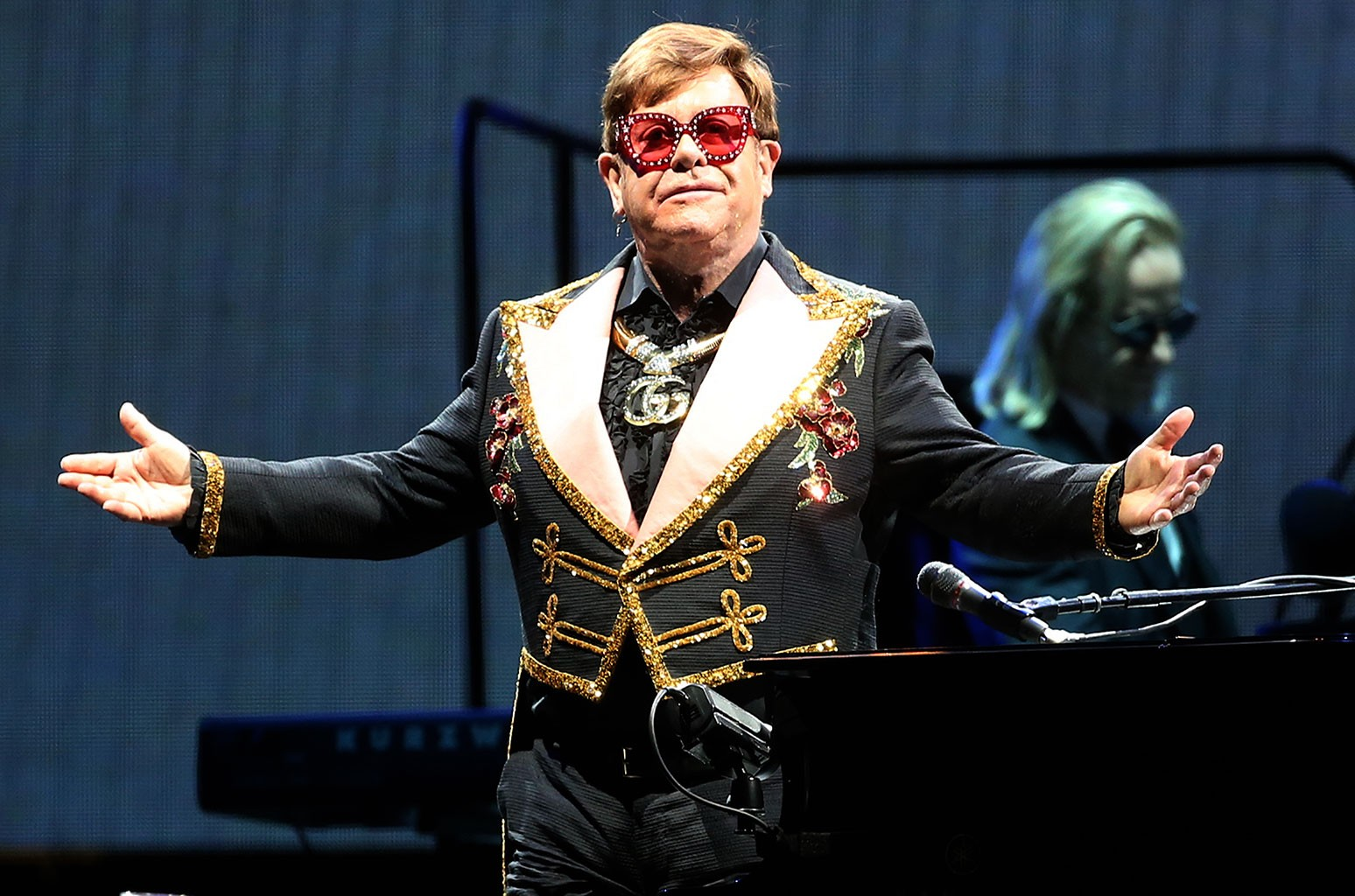 Elton John, Farewell Yellow Brick Road Tour, Perth