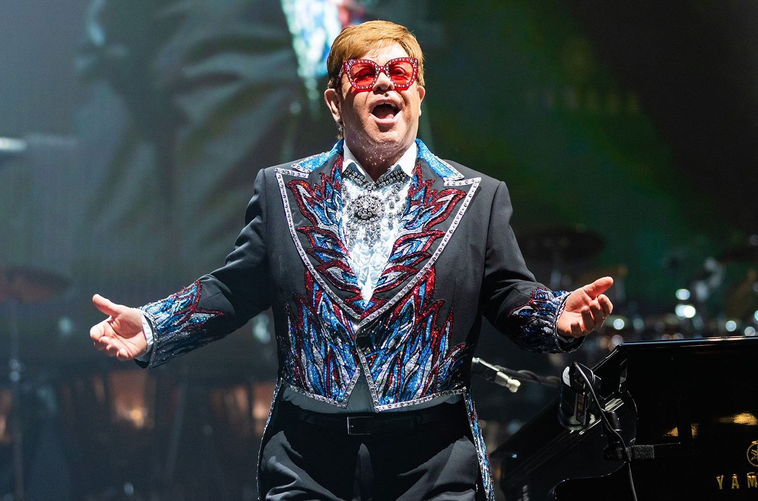 Sir Elton John, Farewell Yellow Brick Road Tour