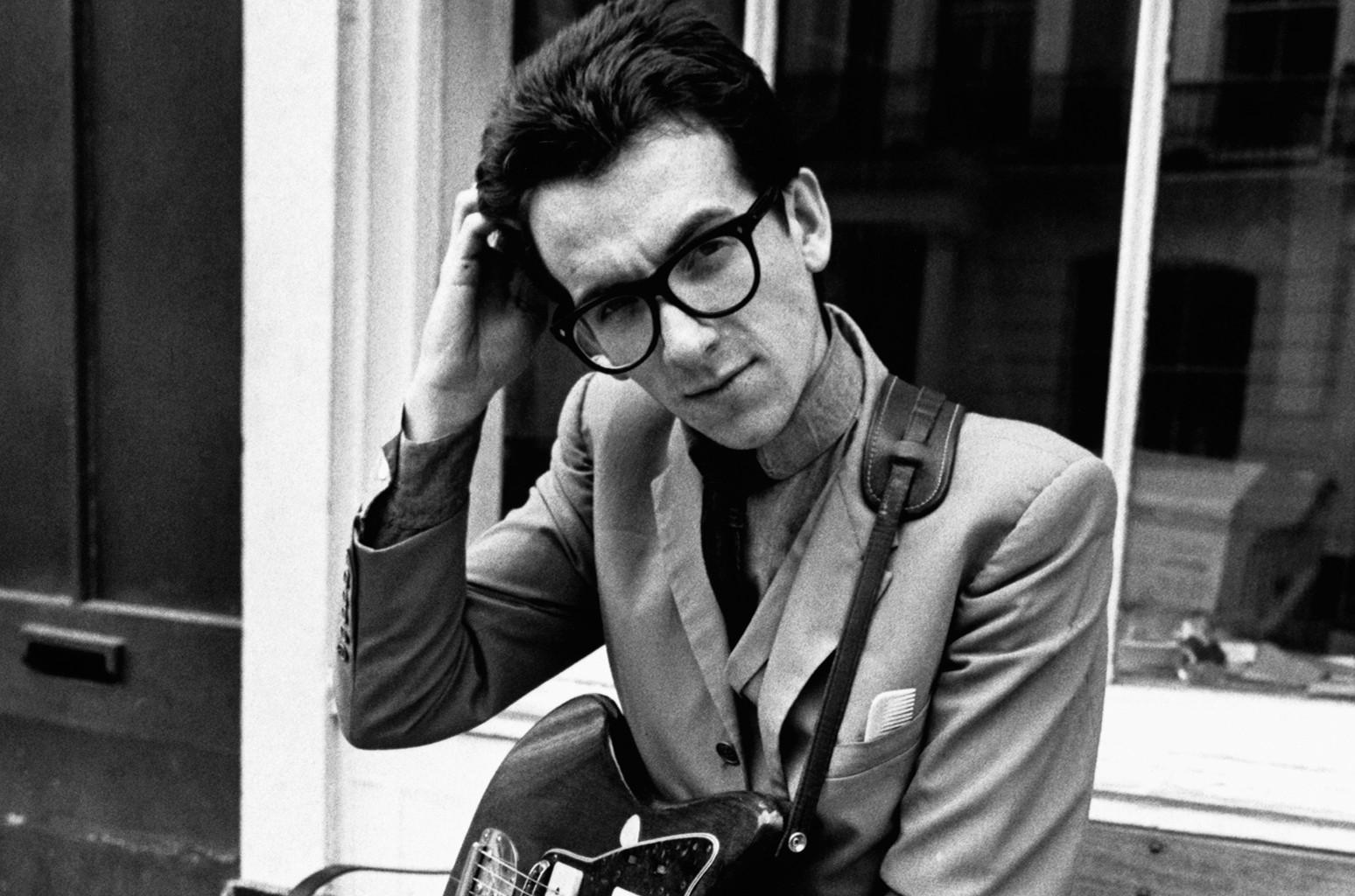 Elvis Costello, 1977