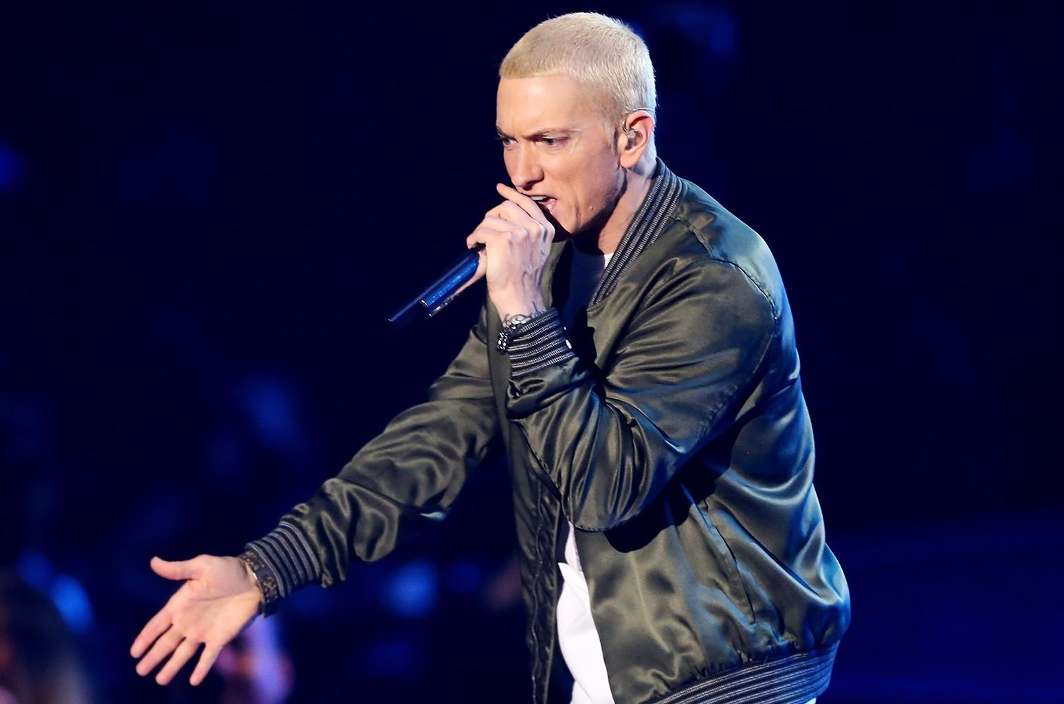 Eminem, 2014