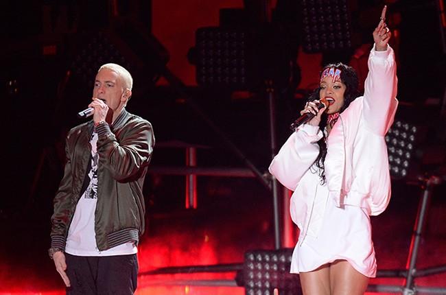 Eminem and Rihanna perform at the MTV Movie Awards on April 13, 2014.