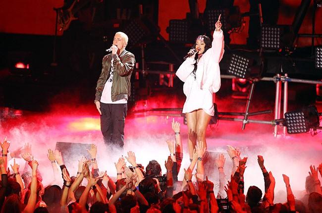 Rihanna and Eminem at the 2014 MTV Movie Awards