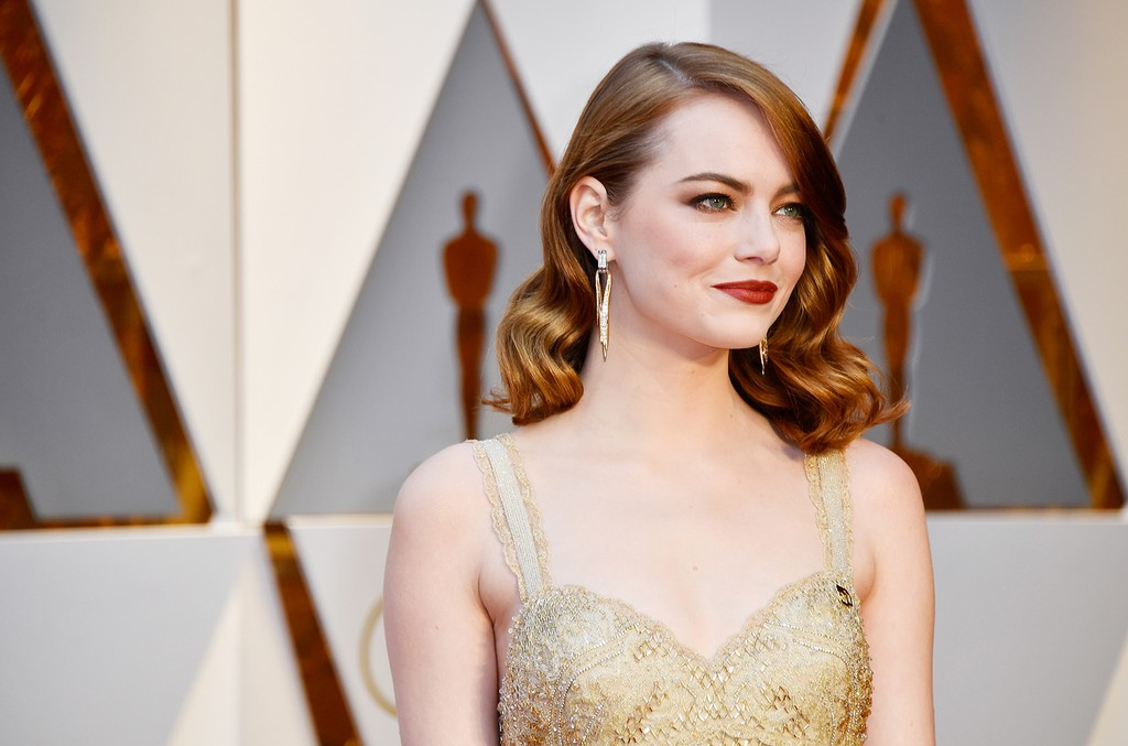 Emma Stone attends the 89th Annual Academy Awards at Hollywood & Highland Center on Feb. 26, 2017 in Hollywood, Calif.