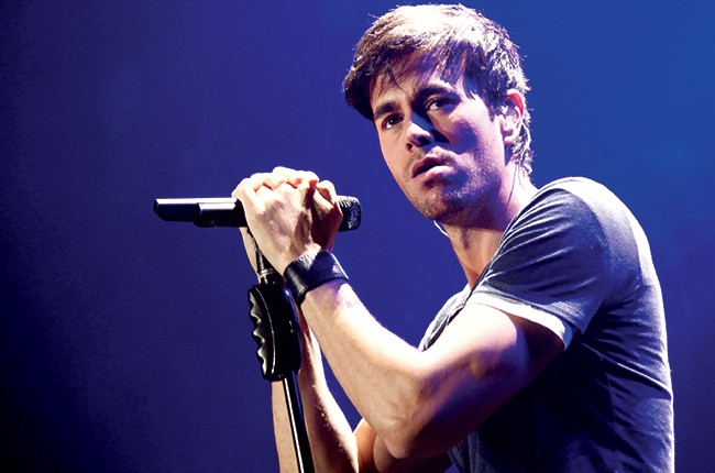 Enrique Iglesias performs onstage during KIIS FM's Jingle Ball 2013