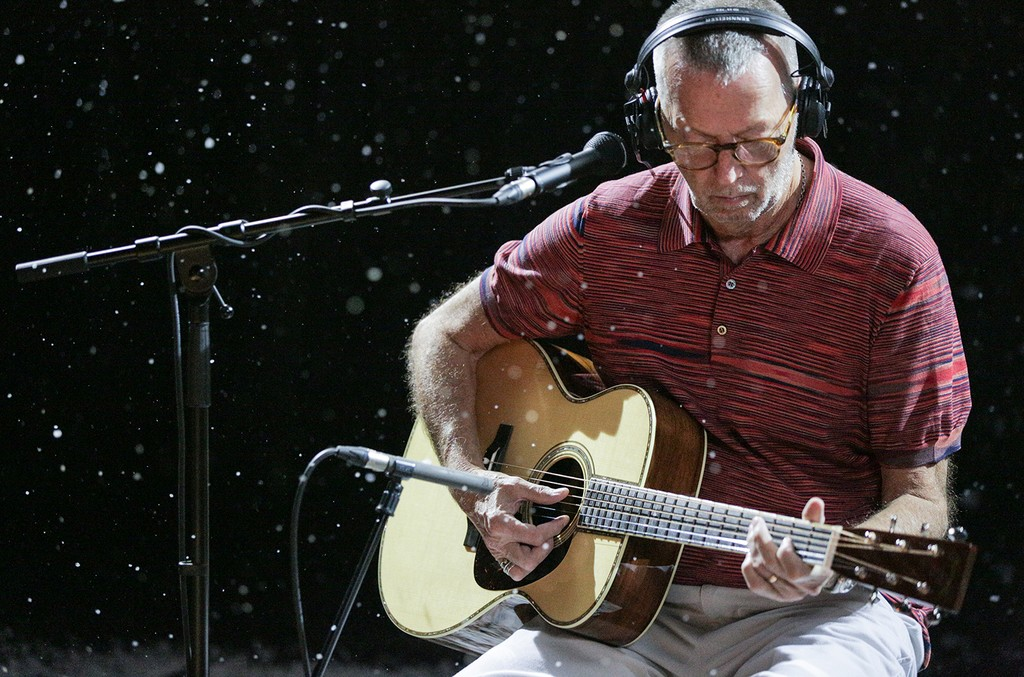 Eric Clapton Christmas Album 2020 Eric Clapton Celebrates Christmas With First Full Length Holiday