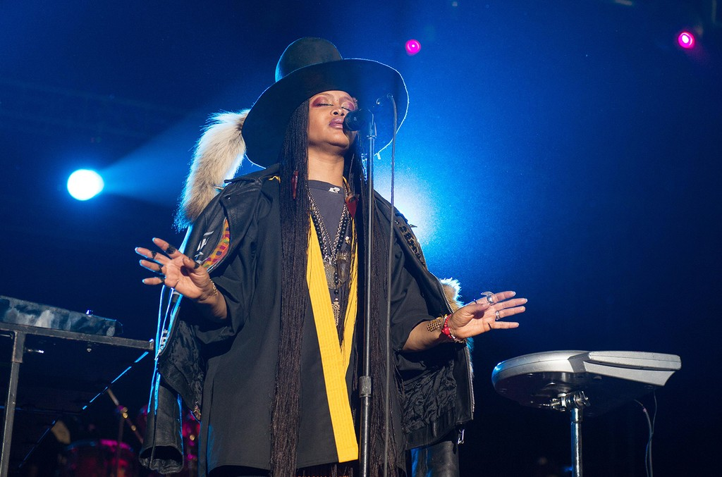 Erykah Badu performs during the 2016 ONE Musicfest