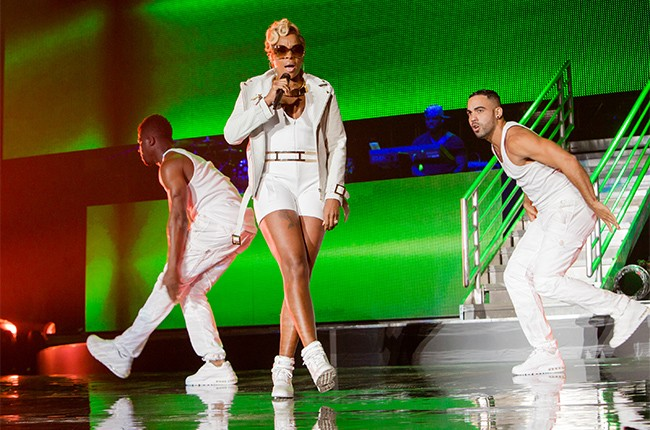 Mary J. Blige performs at the 2014 Essence Music Festival