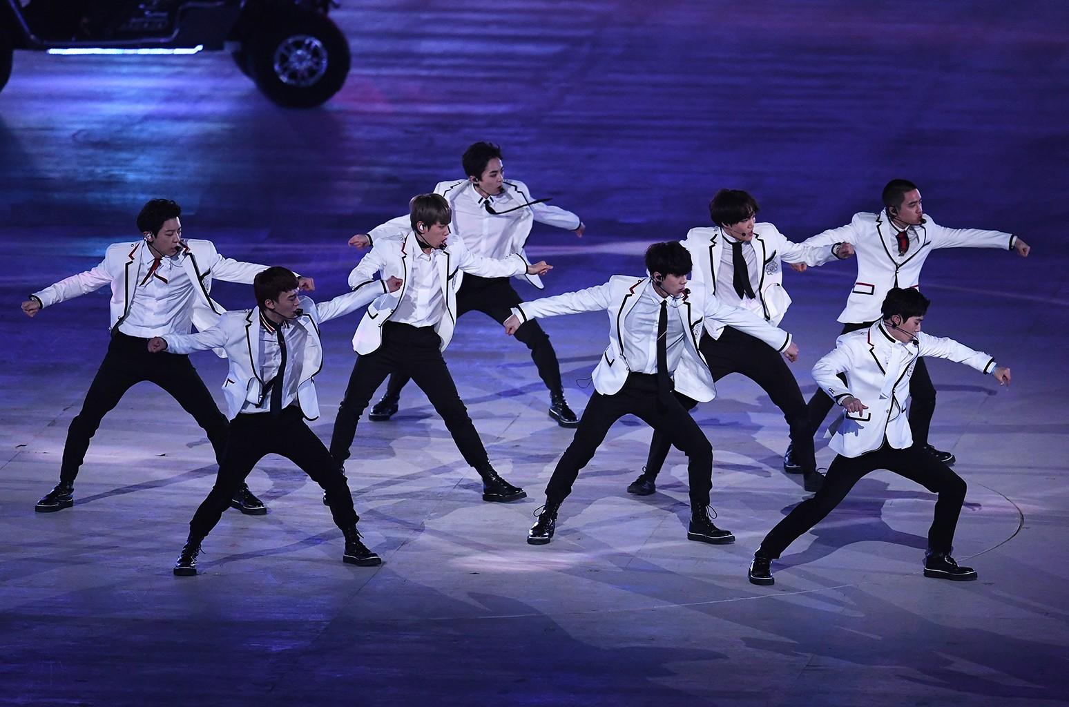 EXO closing ceremony olympics