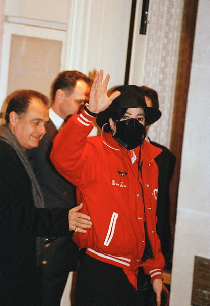 face-masks-fashion-michael-jackson-2-600