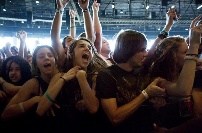 fans-warped-tour-2013-650-430