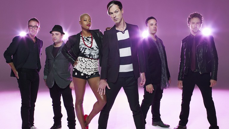 Fitz And The Tantrums Handclap Soundtracks An Amazing Halloween Light Show Watch Billboard Animated baa baa sheep clap your hands eep the mouse little bo peep mary quite contrary nursery rhymes. fitz and the tantrums handclap