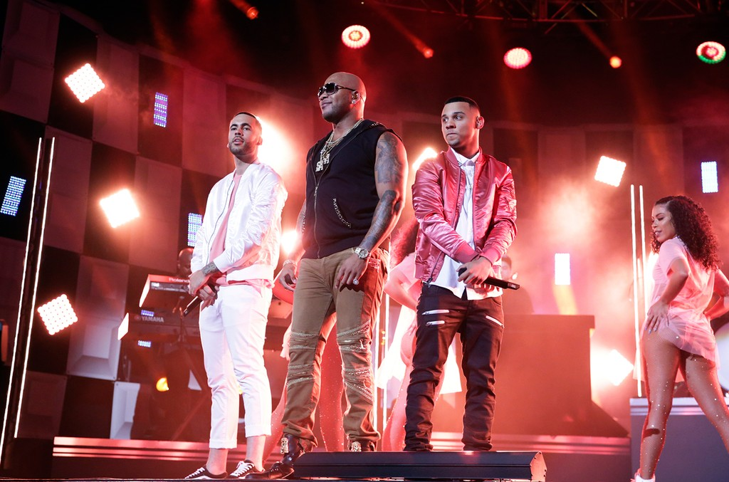 Flo Rida and 99 Percent perform on 'The Tonight Show Starring Jimmy Fallon' on April 6, 2017.