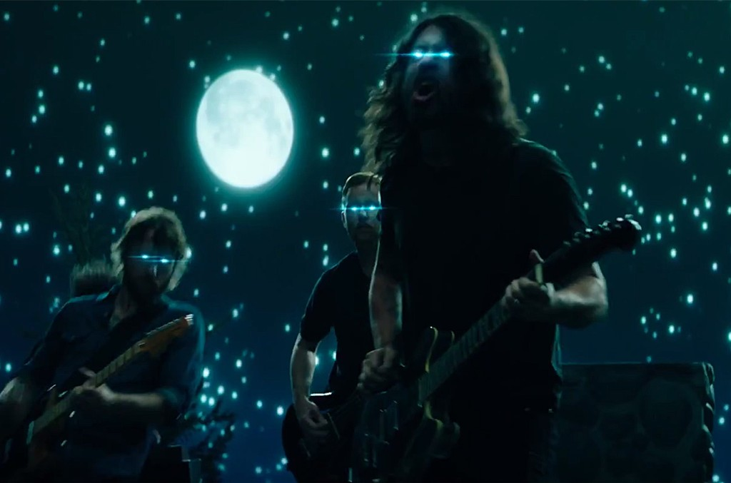 "Foo Fighters, ""The Sky Is A Neighborhood"""