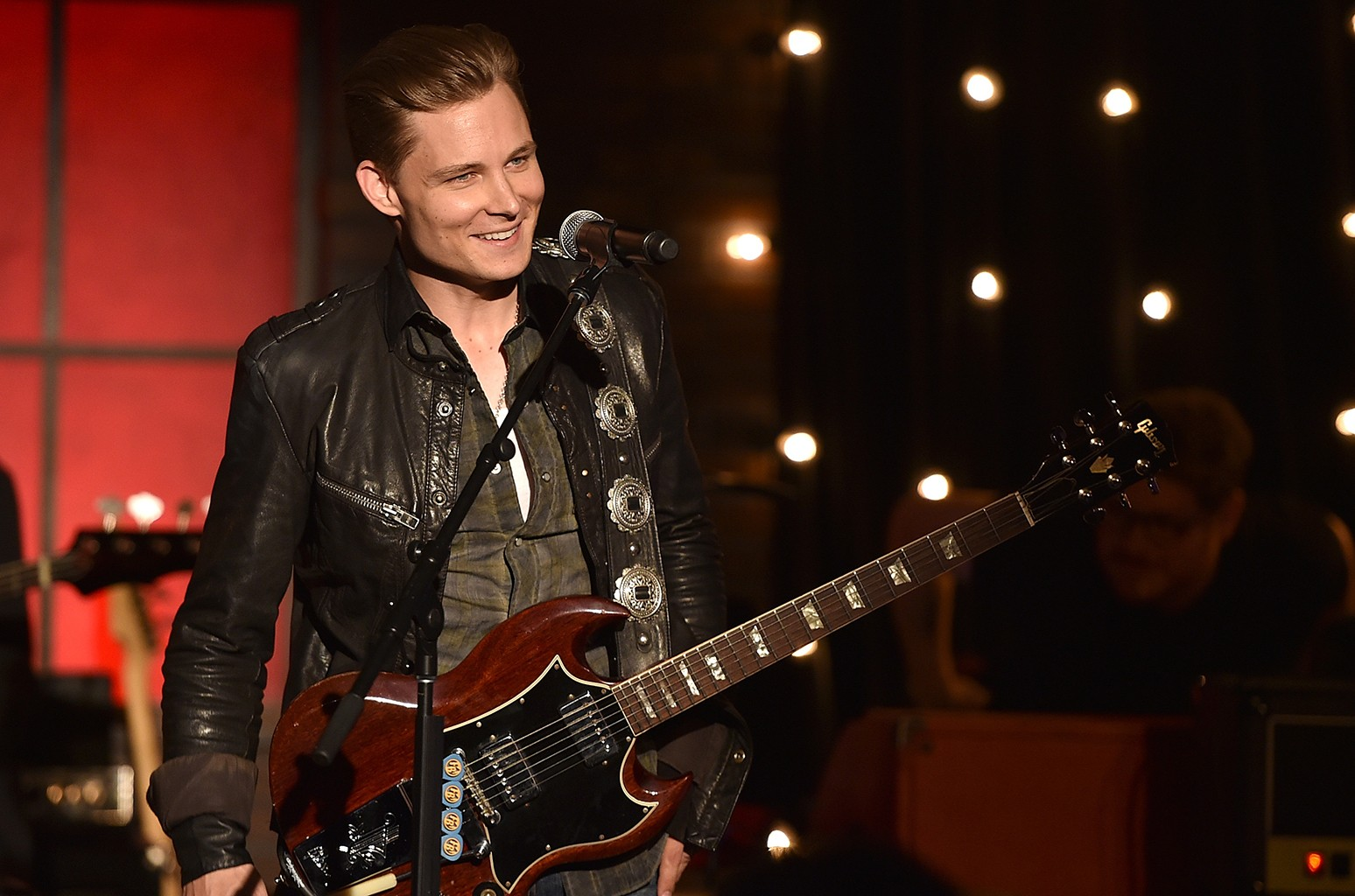 Frankie Ballard Christmas Concert 2021 Playlist Frankie Ballard Brings Nashville To L A S Sunset Strip What To Expect At Your First Country Concert Billboard Billboard